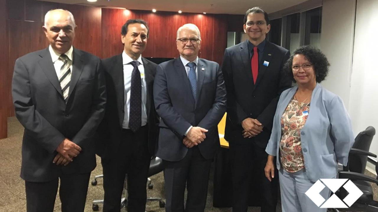 Read more about the article Presidente do CRA-AM participa de encontro com o Ministro do TSE